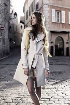 BARBARA LOHMANN Trench coat Tripolis, made in Germany.