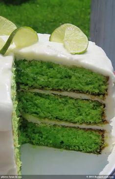 Robb's Tropical Lime Cake Recipe Key Lime Desserts, Just Desserts, Lime Cake Recipe, Strawberry Sheet Cakes, Sweet Recipes, Cake Recipes, Hawaii Cake, Key Lime Cake, Cake Flavors