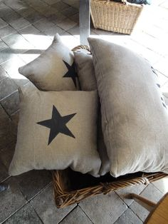 love stars and burlap Cushions To Make, White Cushions, Plain Cushions, Little Boxes, Little Star, Sisal, Soft Furnishings, Home Textile, Textiles