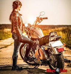 Motorräder, Biker und mehr – Harley-Davidson – Moto BMW – Motos, motards, etc. Motos Bmw, Bmw Motorcycles, Vintage Motorcycles, Harley Davidson, Lady Biker, Biker Girl, Bmw G310r, Badass Girl, Biker Photoshoot