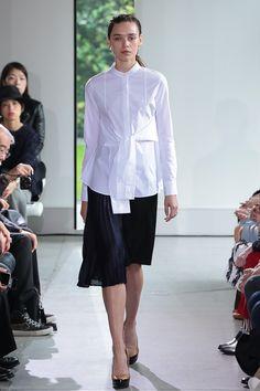 http://www.fashionsnap.com/collection/yasutoshi-ezumi/2016ss/gallery/index49.php