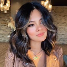 Black Hair With Highlights, Hair Color Highlights, Hair Color For Black Hair, Brown Hair Colors, Darkest Brown Hair Color, Wavy Black Hair, Brown Hair Long Bob, Long Bob Hair Cuts, Chocolate Brown Hair With Highlights