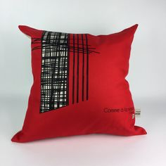 Decorative pillow / cushion red/unique by LESTISSUSCROQUIS on Etsy