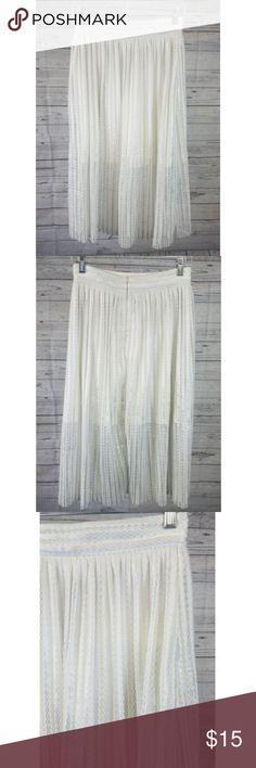 be9229efb580 Forever 21 Skirt Sz Medium White Silver