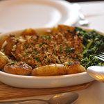 Essencia Restaurante Vegetariano, Porto  Rua Pedo Hispano 1190