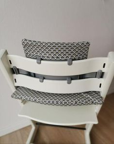 Sewing instructions seat cushion for Tripp Trapp (Stokke) - Sewing instructions seat cushion for Tripp Trapp – sarosa - Baby Set, Baby Baby, Under Stairs Playhouse, Plate Rack Wall, Childrens Rugs, Design Your Dream House, Creation Couture, Victorian Jewelry, Consumer Products