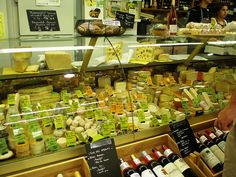 Cahors market - la sélection de fromages ... my cheese bill would rise if I lived in the Lot.
