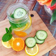 natural belly slimming detox water: 1 to 2 liters of water, 1 cucumber, 1 orange, 1 lemon, 10-15 fresh mint leaves and a handful of ice. This drink will help flush everything out, rev up your digestive system, and hydrate you while tasting amazing. All the health benefits and science behind why the blend works is on blogilates.com!