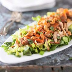 Top your salad with tender, seasoned chicken shreds for a healthy take on eating Chinese: http://www.bhg.com/recipes/healthy/dinner/healthy-salad-recipes/?socsrc=bhgpin032714chinesechickensalad&page=16