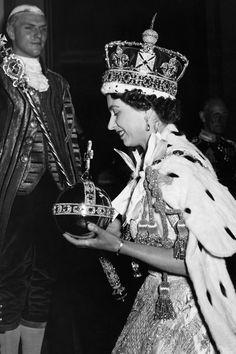 Coronación reina Isabel II | Galería de fotos 2 de 16 | Vanity Fair