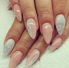 Stiletto nails are definitely not for everybody. It takes someone with a bold and daring personality to make them look awesome, otherwise they'll just seem