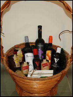 CESTA PARA MI JUAN, PARA MI Y PARA EL ABUELO - Cestas #gourmet, repleta de #gastronomía. El mejor regalo que puedes hacer. Para San Juan... ¡Regala productos rurales! http://comorigen.com - #ofertas #promociones #descuentos #offers #promotions #SanJuan #SaintJohn #John #Juan #repin #Andalucía #Andalusia #Andalusie #Spain #España #rural #pueblos