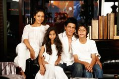 SRK's surrogate baby comes home, named AbRam... http://www.buzzintown.com/bollywood-news--srks-surrogate-baby-comes-home-named-abram/id--8496.html