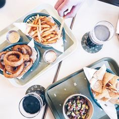 Those are some pretty damn good onion rings and fries! Beer Lovers, Onion Rings, French Fries, Craft Beer, Pretty, Instagram, Food, Curly Fries, Chips