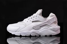898b30b787f9 Nike Air Huarache White White-Pure Platinum