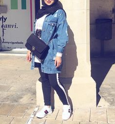 Oversized sweater dress hijab style – Just Trendy Girls Hijab Casual, Hijab Chic, Modern Hijab Fashion, Street Hijab Fashion, Muslim Fashion, Hijab Fashion Summer, Mode Outfits, Chic Outfits, Fashion Outfits