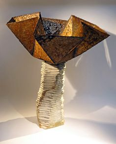 Fleur du mal number listed by Philippe Chesneau. oxidized steel and standstone. H 65 x L 54 x P 54 cm French Sculptor, Philippe, Sculptures, Table Lamp, Number, Steel, Beauty, Travel, Table Lamps