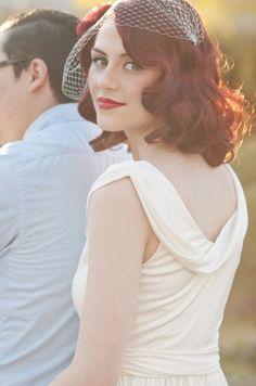 3.coiffure-mariee-cheveux-court-boucles