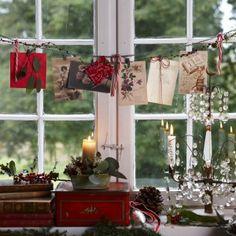 ❤ Tie jute in window to hang Christmas cards
