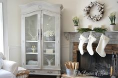 The Essence of Home: It's a White Christmas! - Home Tour