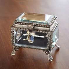 SMALL BEVELED GLASS DISPLAY BOX $25.00