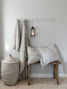 〚 Warm natural tones and vintage decor: cozy cottage in Sweden 〛 ◾ Photos ◾Ideas◾ Design Decor, House Interior, Home, Cheap Home Decor, Interior, Stunning Interiors, Sweden House, Cozy House, Home Decor