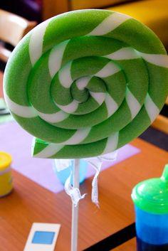 Inspire-se no Candy Crush, um jogo delicioso, e transforme sua festa nessa irresistível combinação de doces.