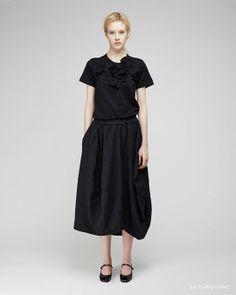 Comme des Garçons Comme des Garçons / Knotted Bow Tee Comme des Garçons Comme des Garçons / Full Drawstring Skirt  Repetto / Rose Mary Jane
