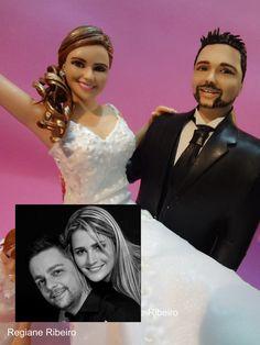 Regiane Ribeiro Atelie: Topo de Bolo Real - noiva no colo do noivo e daminha de honra - Uxa e César - Jaú - São Paulo