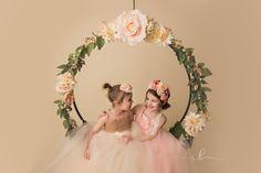 floral hoop swing sisters