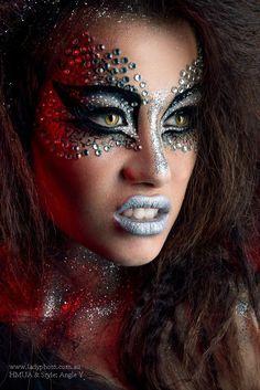 halloween makeup devil halloween makeup devilYou can find Extreme makeup and more on our website Drag Makeup, Makeup Art, Beauty Makeup, Hair Makeup, Halloween Eye Makeup, Halloween Make Up, Devil Halloween, Halloween Ideas, Make Carnaval