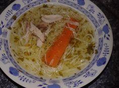 Rezancová polievka Spaghetti, Chicken, Meat, Ethnic Recipes, Food, Essen, Meals, Yemek, Noodle