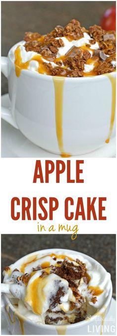 Apple Crisp Cake in einer Tasse - Mug Recipes, Apple Recipes, Sweet Recipes, Easy Desserts, Dessert Recipes, Apple Desserts, Cinnamon Mug Cake, Dessert In A Mug, Mugs