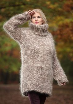 Thick Mohair Sweater Turtleneck sweater Chunky Knit Sweater Unisex Hand Knitted sweater Sweater Dress by TanglesCreations Thick Sweaters, Hand Knitted Sweaters, Mohair Sweater, Pull Grosse Maille, Gros Pull Mohair, Pulls, Turtle Neck, Long Hair Styles, Bionic Woman