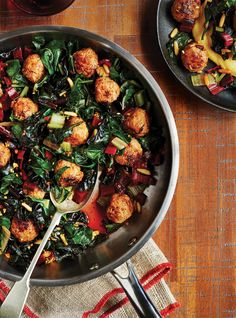 Veal Meatballs with Swiss Chard Meat Recipes, Vegetarian Recipes, Cooking Recipes, Healthy Recipes, Meat Meals, Meatball Recipes, Cooking Time, Veal Meatballs Recipe, Garden Vegetable Recipes