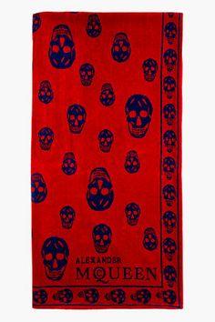 Alexander McQueen Red & Blue SA SKULL TOWEL for men | SSENSE