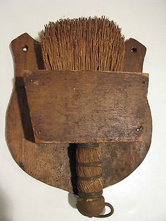 SMALL-ANTIQUE-WISK-BROOM-IN-ORIGINAL-WOODEN-WALL-HOLDER-AAFA-NR