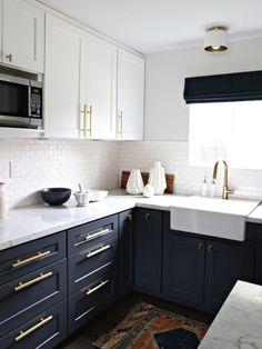 I'm in love - modern navy & white kitchen