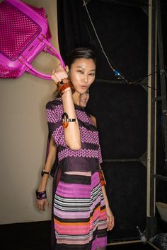 Missoni Spring 2014 Ready-to-Wear Collection - fuchsia bag, loving the colours!