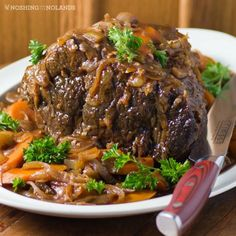 The perfect pot roast recipe I stole from my mother-in-law! Veal Recipes, Easy Soup Recipes, Slow Cooker Recipes, Dinner Recipes, Cooking Recipes, Dinner Ideas, Bison Recipes, Turkey Recipes, Drink Recipes