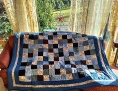 Designer, Quilts, Blanket, Round Round, House, Ideas, Quilt Sets, Blankets, Log Cabin Quilts