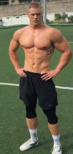 Hommes Sexy, Raining Men, Muscular Men, Shirtless Men, Sport Man, Cute Gay, Attractive Men, Male Beauty, Male Body