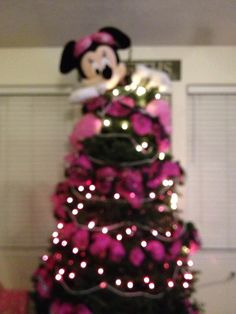 Pink Minnie Mouse Christmas Wreath by SparkleForYourCastle on Etsy ...