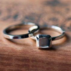 Anello di fidanzamento moderno set argento anello di metalicious