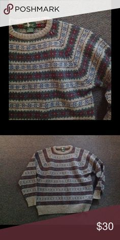Vintage Men's Fair Isle Wool Christmas Sweater L Very nice Men's Vintage pullover sweater. Colorful Christmas fair isle design. Made of 100% wool in size Large. Great condition Vintage Sweaters Crewneck
