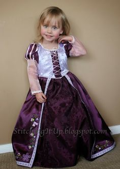 Stitching It Up: Rapunzel (Tangled) DIY Sewing Tutorial