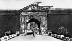 Puerta de Sta. Lucia Gate, old walled Spanish city of Intramuros, Manila, Philippines, c1930s by John T Pilot, via Flickr