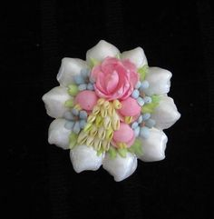 Vintage Sea Shell Flower Brooch