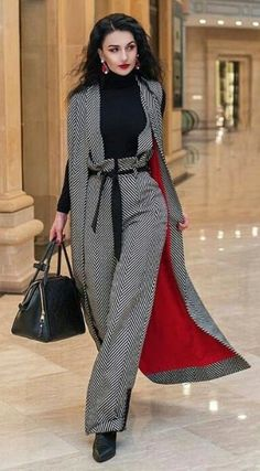 The Best Street Style Inspiration & More Details That Make the Difference Street Style, Cool Street Fashion, Look Fashion, High Fashion, Autumn Fashion, Fashion Outfits, Womens Fashion, Fashion Design, Fashion Trends