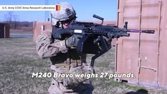 US Army develops 'third arm' for soldiers Military Videos, Military Dogs, Marine Barracks, Women In Combat, Army Gears, Navy Aircraft Carrier, Veterinary Services, Fort Hood, Shock And Awe